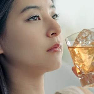 午後の紅茶2018最新cmのかわいい女優は誰?!曲名や歌は?冬バージョンは上白石萌歌なの!?